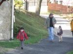 gyermekeimmel jószágetetésre indulunk
